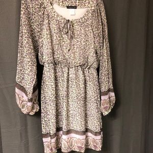 Floral Size 5 dress, long sleeves w/splits